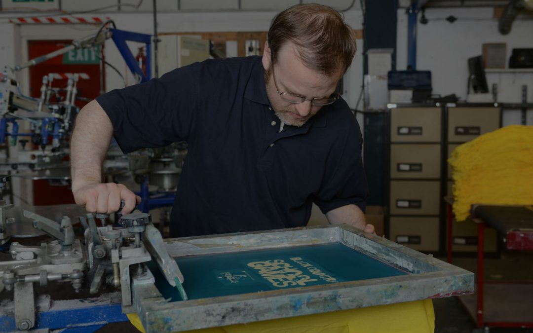 Guide to Screen Printing T-shirts: All You Need to Know